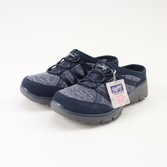 Skechers Shoes   Skechers Relaxed Fit